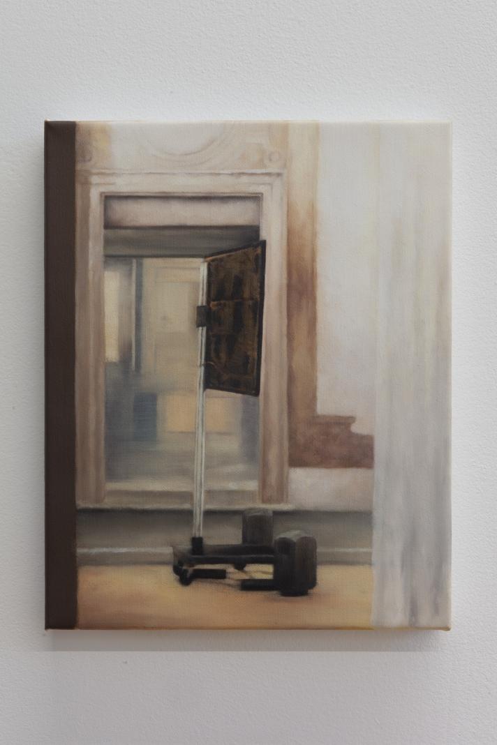 Kate Wallace 'Screen' 2018 Oil on linen 25 x 20cm, photo by Daniel Gardeazabal-6286